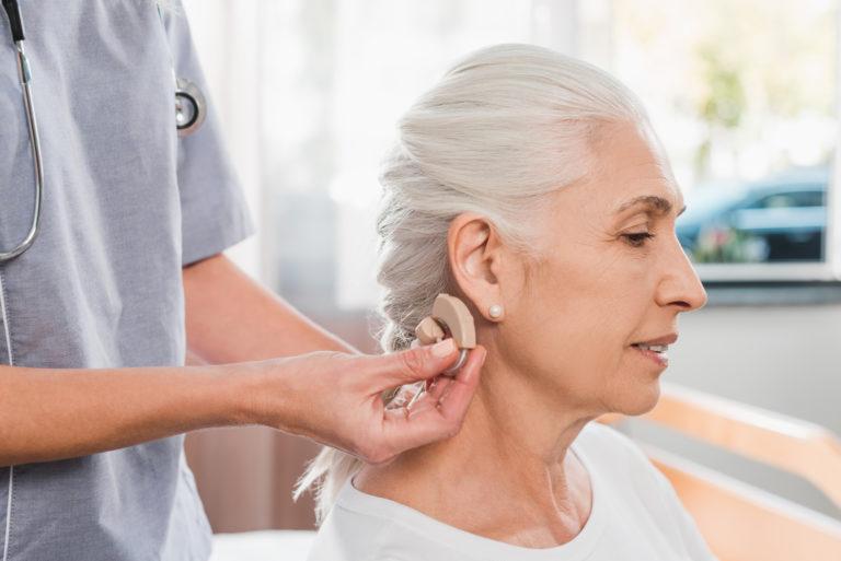 Få styr på hørelsen med høreapparater på Sjælland